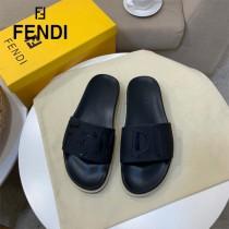 FENDI 芬迪 新款  人字拖 涼鞋 獨家限定系列 休閑時裝拖鞋進口小牛皮