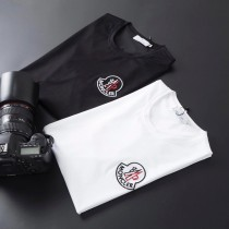 MoncleXr 2019春夏款男士短袖T恤 精選高檔定制面料色澤較鮮明和光
