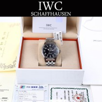 IWC-086-1  IWC萬國 國飛行員系列馬克十八勞倫斯特別版