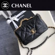 原單 Chanel秋冬19Bag枕頭包-02