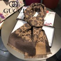 Gucci 經典小蜜蜂文字男士圍巾