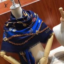 Wild LV Monogram 絲羊絨披巾 采用真絲和羊毛混紡