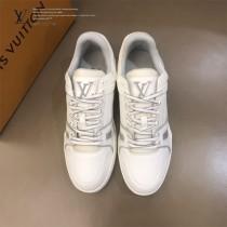LV  低幫灰白色 by Virgin Abloh最好看的運動鞋