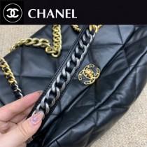 超大號36 Chanel 19 口蓋包黑色