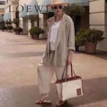 LOEWE 035-2  LOEWE 羅意威  lbiza限量系列cushion tote bag購物袋