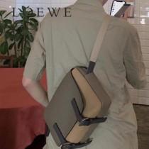 LOEWE 036-2   羅意威  military messenger XS小號郵差包