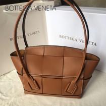 BV 9876-01 款Bottega Veneta 小號耳朵Arco 購物袋