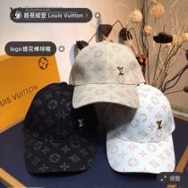 LV路易威登 春夏系列新品棒球帽 超贊的帽型,男女同款