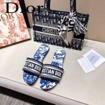 Dior-10  代購頂級春夏膠囊系列立體刺繡度假平底字母拖