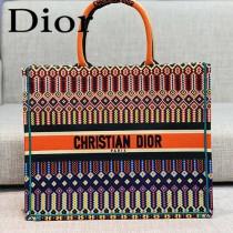 DIOR-03 迪奧原版皮新圖案新款刺繡Dior Book Tote購物袋手提包