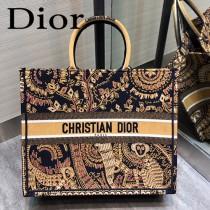 DIOR-08 迪奧原版皮新圖案新款刺繡Dior Book Tote購物袋手提包