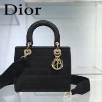 DIOR-01 迪奧全新Lady Dior 刺繡菱格系列戴妃包