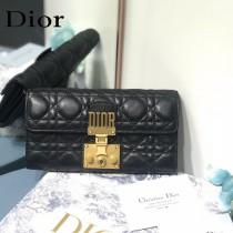 Dior S2008 DlORADDlCT藤格紋小羊皮CONTlNENTAL錢包