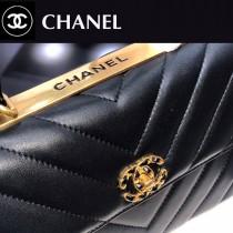 CHANEL-02  大V格進口綿羊皮手提斜背包