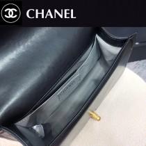 CHANEL-01  最新款穿鏈條Leboy