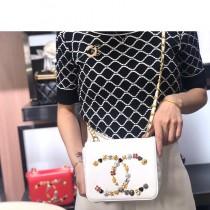 Chanel新款-03   雙C徽章logo鏈條翻蓋真皮小方包