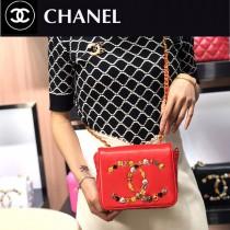 Chanel新款-01   雙C徽章logo鏈條翻蓋真皮小方包
