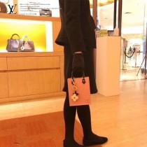 LV M69575-02 黑色水波紋原版皮 PETIT SAC PLAT 手袋