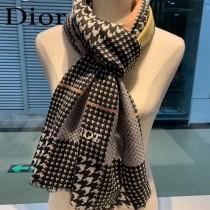 Dior迪奧最新專櫃主打款千鳥格羊絨長巾