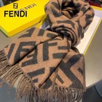Fendi老花FF字母款圍巾