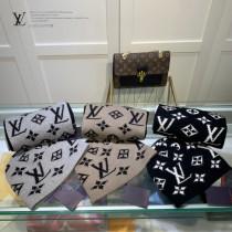 路易威登Louis Vuitton 羊毛套裝帽子 經典套裝帽子圍巾