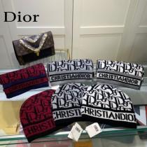 迪奧Dior 羊毛套裝帽子 經典套裝帽子圍巾