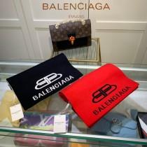 巴黎世家BALENCIAGA 秋冬專櫃最新圍巾帽子套裝
