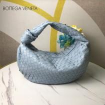 BV 寶緹嘉 6698-02  原單手工編織羊皮牛角包