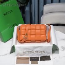 BV 6688-015 寶緹嘉原單Cassette枕頭包