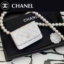 CHANEL 2059-02  最新款原版皮全新秋冬珍珠鏈 MINI WOC發財包