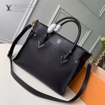 LV頂級原單 新款 M53826-2 刺繡On My Side 手袋購物袋