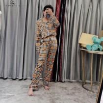 巴寶莉 新款2件套  長袖 長褲