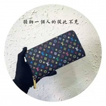 m60243-001 黑彩ZIPPY原版皮拉鏈錢包