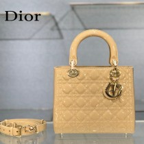 Dior-03  迪奧 Lady Dior 漆皮五格菱格中號戴妃包