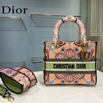Dior-07  迪奧原單五格刺繡戴妃包  通體飾以本季標誌性的Tie