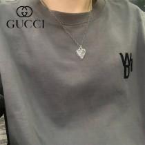 Gucci純銀做舊格言刻花心形項鏈