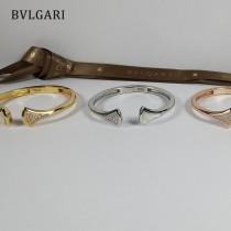 寶格麗手鐲 紅色鑲鉆扇形手鐲 開口設計新款BVLGAR黑瑪瑙白貝母扇形鑲鉆手鐲