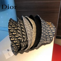 DIOR迪奧  官網同步新款發布 D家漁夫帽