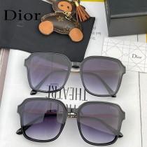 型號:D63810 DIOR 迪奧新款潮流爆 時尚方框偏光太陽鏡