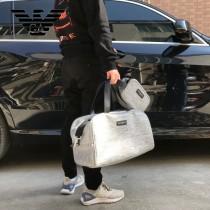EMPORIO ARMANI 阿瑪尼 旅行袋 化妝包配套